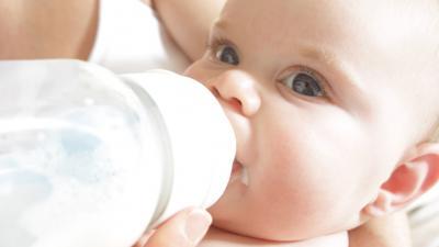 anyatejjel való táplálás