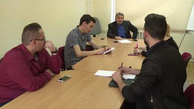 Kaposi László (DK) értékelte a békéscsabai közgyűlés április 6-i döntéseit. Fotó: Ujházi György