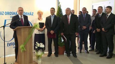 Névváltoztatással, szakmai előadásokkal és emléktábla avatással ünnepelte fennállásának 50. évfordulóját az Orosházi Kórház Fotó: Kugyelka Attila
