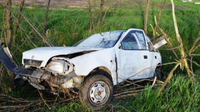 Árokba csúszott egy autó Kardoskútnál. Fotó: police.hu