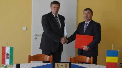 Román kollégáját fogadta a megyei rendőrfőkapitány. Fotó: police.hu