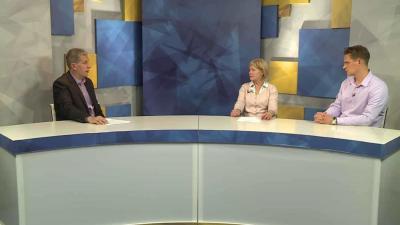 Szegedi Zsolt, a Kezdőkörben Czeglédi Katalinnal és Lasetzky Frigyessel beszélget (balról jobbra, fotó: Ujházi György)