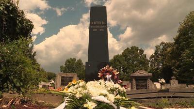A Berényi úti temetőben kapott méltó nyughelyet a békéscsabai kórházalapító (Fotó: Kovács Dénes)