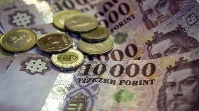 A régi tízezer forintos december 31-ig használható készpénzes fizetésre