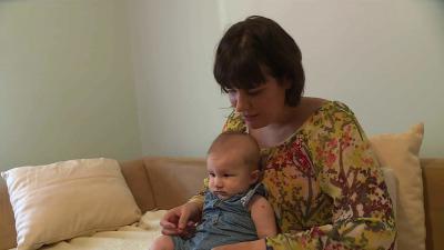Vágvölgyi Nóra, a 7.Tv műsorvezetője is az anyatejes táplálás híve (Fotó: Ujházi György)