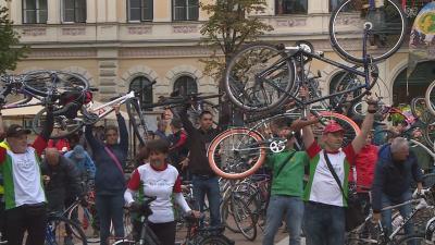 Az autómentes napon a kerékpáros közlekedést is népszerűsítik (Fotó: Kovács Dénes)