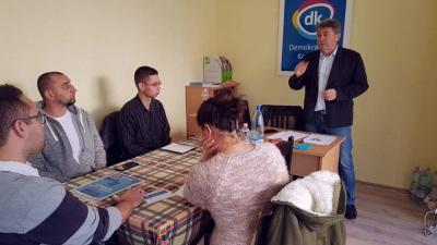 A képviselő hozzátette: az a feladatuk, hogy árgus szemekkel figyeljék, hogy pontosan mire fordítja az új városgazdálkodási cég a számára most megszavazott 30 millió forintos forrást. Fotó: Kovács Dénes