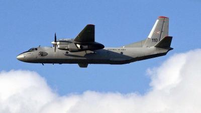 Kecskemét, 2010. augusztus 7.A honvédség JAS-39 Gripen vadászrepülőgépe és An-26 szállító repülőgépe tart bemutató repülést a 11. nemzetközi repülőnapon és haditechnikai bemutatón a Magyar Honvédség 59. Szentgyörgyi Dezső Repülőbázisán, Kecskeméten.MTI Fo