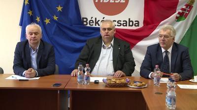 Herczeg Tamás, Hanó Miklós és Ferenczi Attila (balról jobbra) a sajtótájékoztatón