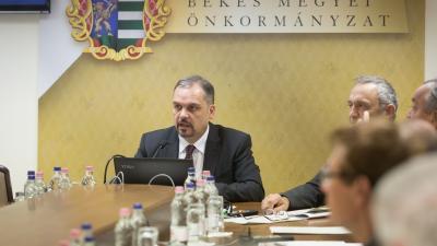 Zalai Mihály, a megyei közgyűlés elnöke (fotó: Zentai Péter)
