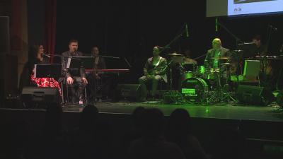 Az Arany-emlékév zárásaként 10 vidéki helyszínen - köztük a Békés megyei Gyulán is - bemutatták az Arany-200 koncertet. Fotó: Kugyelka Attila