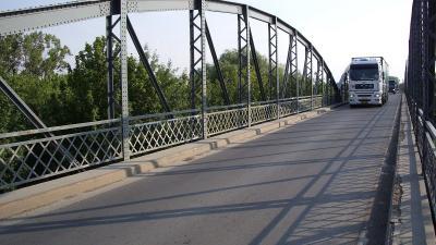 Legutóbb 2015-ben zajlottak nagyobb felújítási munkálatok a Hármas-Körös-hídon (Fotó: uvaterv.hu)