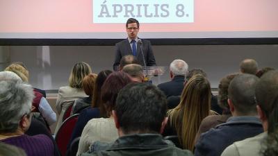 Gulyás Gergely, a Fidesz frakcióvezetője Füzesgyarmaton tartott lakossági fórumon. Fotó: Tóth Áron