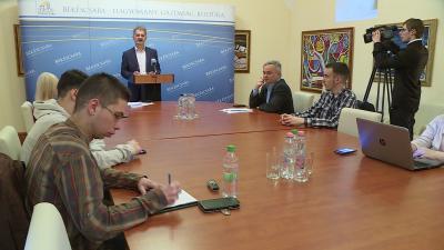 Szarvas Péter a márciusi közgyűlés határozatait értékelve, 2018.03.23-án. Fotó: Bucsai Ákos