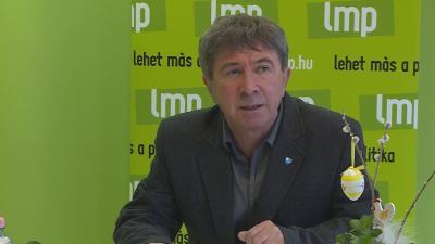 Az LMP önkormányzati képviselője emellett kiemelte: a pozitív döntések sorába tartozik, hogy a szociális intézményekben a térítési díjak ebben az évben nem nőnek. Fotó: Barna Tamás
