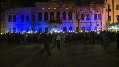 Egy évvel ezelőtt a városházát festették kékre Békéscsabán