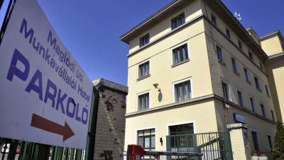 Budapest, 2012. június 19.A Maglódi úti Munkavállalói Hotel épülete Kõbányán. A szálloda közel 300 férõhellyel biztosít szállást az otthonuktól távol dolgozóknak.Archív MTI Fotó: Bruzák Noémi