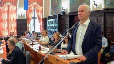 Herczeg Tamás ezúttal már országgyűlési képviselőként szólalt fel a közgyűlésen