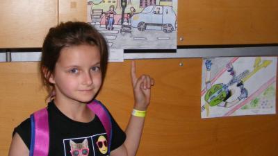 A rajzpályázat egyik díjazottja. Fotó: police.hu