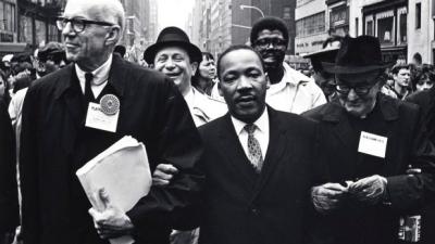 Benjamin Spock Martin Luther King oldalán
