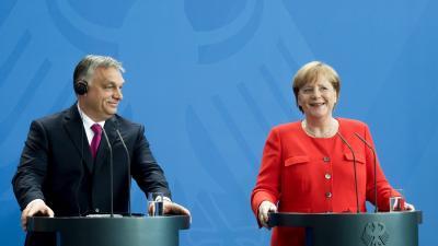 Orbán Viktor miniszterelnök és Angela Merkel német kancellár sajtótájékoztatót tartott a találkozójukat követően Berlinben (MTI fotó: Koszticsák Szilárd)