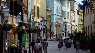 Pécs belvárosában a legmagasabbak bérleti díjakFotó: MTI