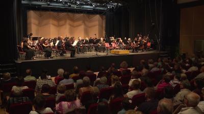 A Békés Megyei Szimfonikus Zenekar koncertjén népszerű operettdalok csendültek fel. Fotó: Fazekas Róbert