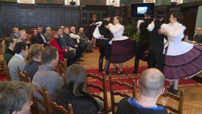 A Balassi Táncegyüttes produkciója a bemutatón (fotó: Ujházi György)
