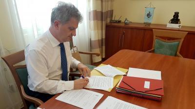 Szarvas Péter Békéscsaba polgármestere és a 2-es számú választókerület képviselője