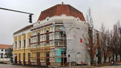 A Balassi Bálint Művészetek Háza - a kép jobb oldalára kattintva galéria nyílik (fotó: Milyó Pál)