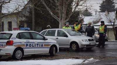 Magyar és román rendőrök közösen járőröznek. Fotó: police.hu