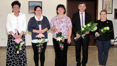 Balról jobbra: Szicsek Margit,Gerebenics-Szín Rózsa, Priskin Andrea, Enyedi Lajos, Urbán Éva.  Kép forrása: Békés Megyei Központi Kórház