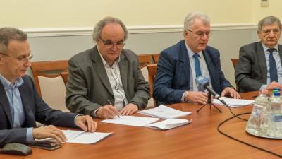 A költségvetés elfogadásával az év legfontosabb döntése született meg a Fidesz-KDNP frakció szerint. A többségi párt értékelte a februári közgyűlést. Fotó: Tóth Áron