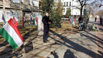 Megemlékezés a kommunista diktatúra áldozatairól Gyulán. Fotó: Kovács Dénes