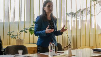 Lukácsi Katalin, az MMM egyik alapító tagja tartott tájékoztatót Békéscsabán, a Vasutas Művelődési Központban 2019.03.30.-án a Kossuth Kör megalakulása apropóján. Fotó: behir.hu