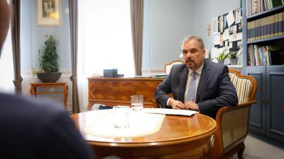Zalai Mihály, a Békés Megyei Önkormányzat Közgyűlésének elnöke 2018-as mérleget vont. Fotó: Békés Megyei Önkormányzat