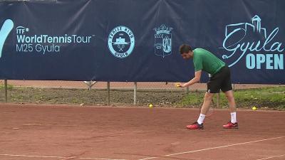 Boros Gábor az egyéni nyolcaddöntő után párosban javított (Fotó: Ujházi György)