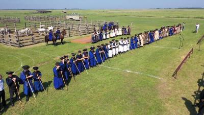 A XXIII. Országos Gulyás és Pásztorversenyen. Forrás: Guzsalyas Egyesület