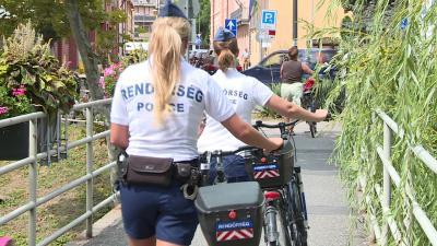 2016 óta minden nyáron kerékpáros rendőrökkel találkozhatnak a járókelők Békéscsabán.
