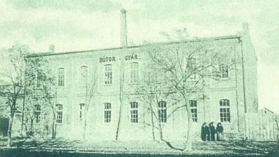 Az egykori bútorgyár is a tűz martaléka lett