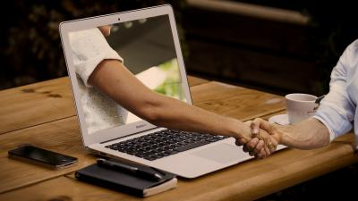 Mennyire fontos álláskeresésnél az online profil megfelelő karbantartása? Íme 5 tipp, amire érdemes odafigyelni! Fotó: pixabay.com