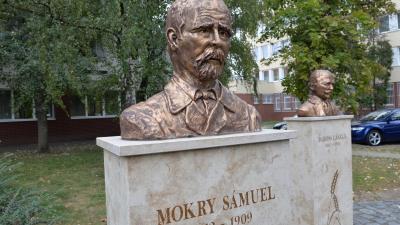 Mokry Sámuel mellszobra Orosházán (forrás: oroscafe.hu/ Kecskeméti Krisztina)