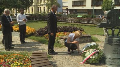 A roma holokauszt áldozataira emlékeztek Békésen. Fotó: 7.TV/Kugyelka Attila