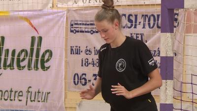 A BRSE felnőtt együttesében szerepel majd a 15 esztendős, csabai nevelésű center, Szűcs Gréta. Fotó: Ujházi György