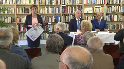 Rakonczás Szilvia, Herczeg Tamás és dr. Cs. Tóth János a bemutatón