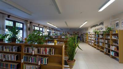 Határ Győző Városi Könyvtár. Fotó: gyomaendrod.com