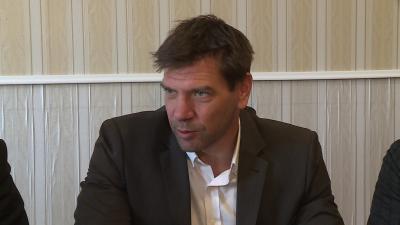 Miklós Attila polgármesterjelölt az ellenzéki szövetség 2019.10.08.-i tájékoztatóján. Fotó: 7.TV/Fazekas Róbert