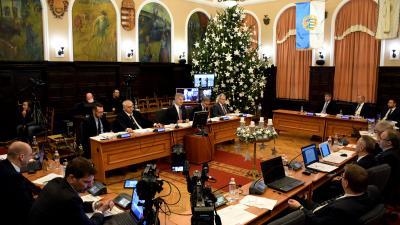 Közgyűlés 2019.11.28-án. Fotó: behir.hu