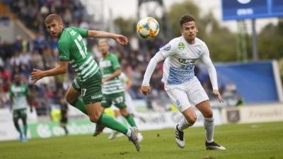 Az Egyesült Államokból hazatérő Stieber Zoltán cselez a Ferencváros ellen - (Fotó: origo.hu)