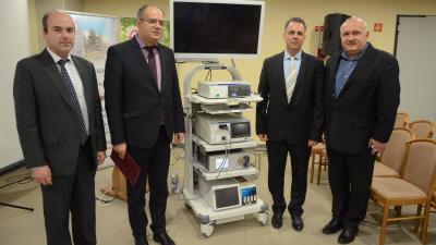Új eszközt adtak át az Orosházi Kórházban. Fotó: Orosházi Kórház/Melega Krisztián